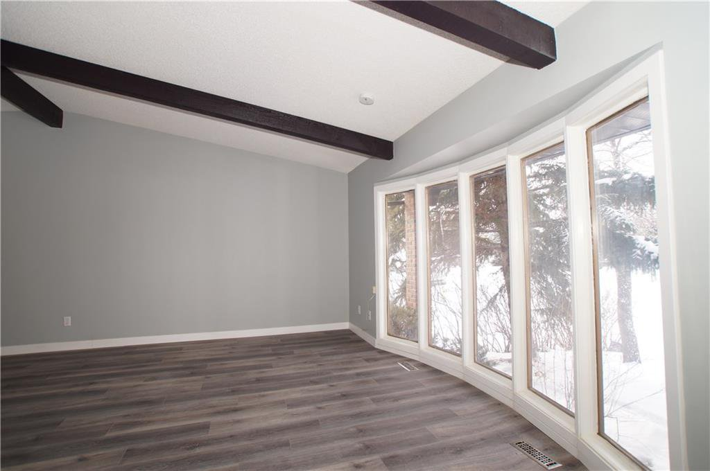 Photo 13: Photos: 56 TEMPLEWOOD RD NE in Calgary: Temple House for sale : MLS®# C4232506