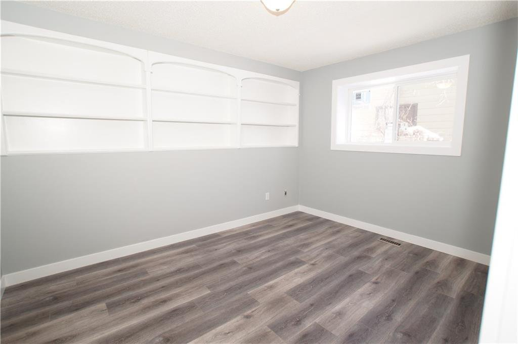 Photo 36: Photos: 56 TEMPLEWOOD RD NE in Calgary: Temple House for sale : MLS®# C4232506