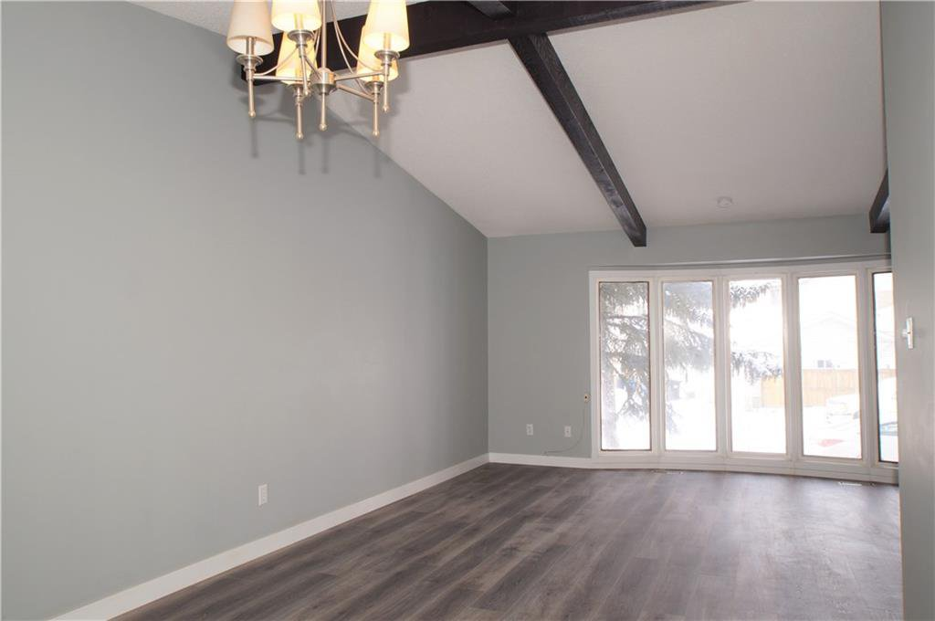 Photo 17: Photos: 56 TEMPLEWOOD RD NE in Calgary: Temple House for sale : MLS®# C4232506