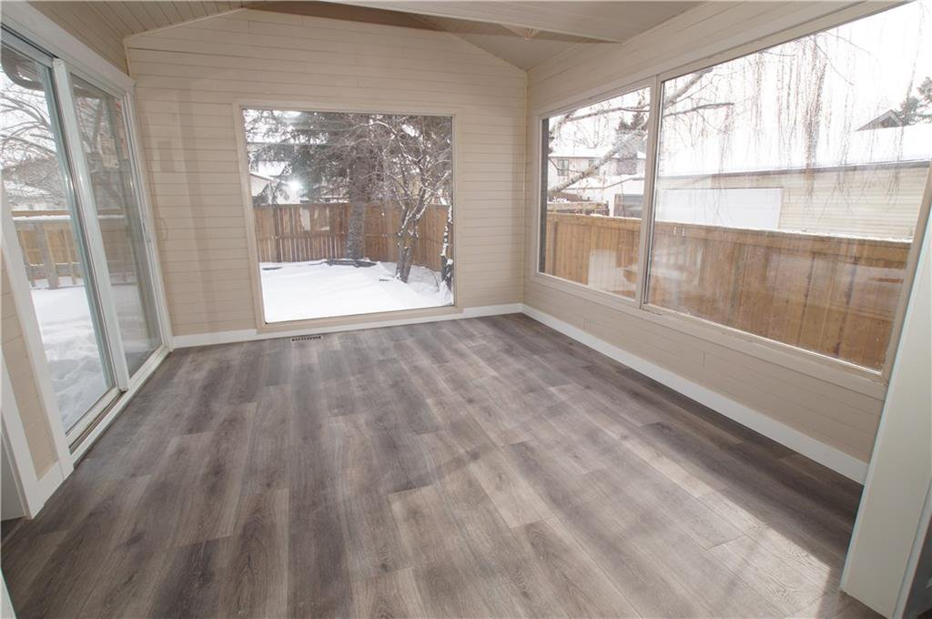 Photo 11: Photos: 56 TEMPLEWOOD RD NE in Calgary: Temple House for sale : MLS®# C4232506