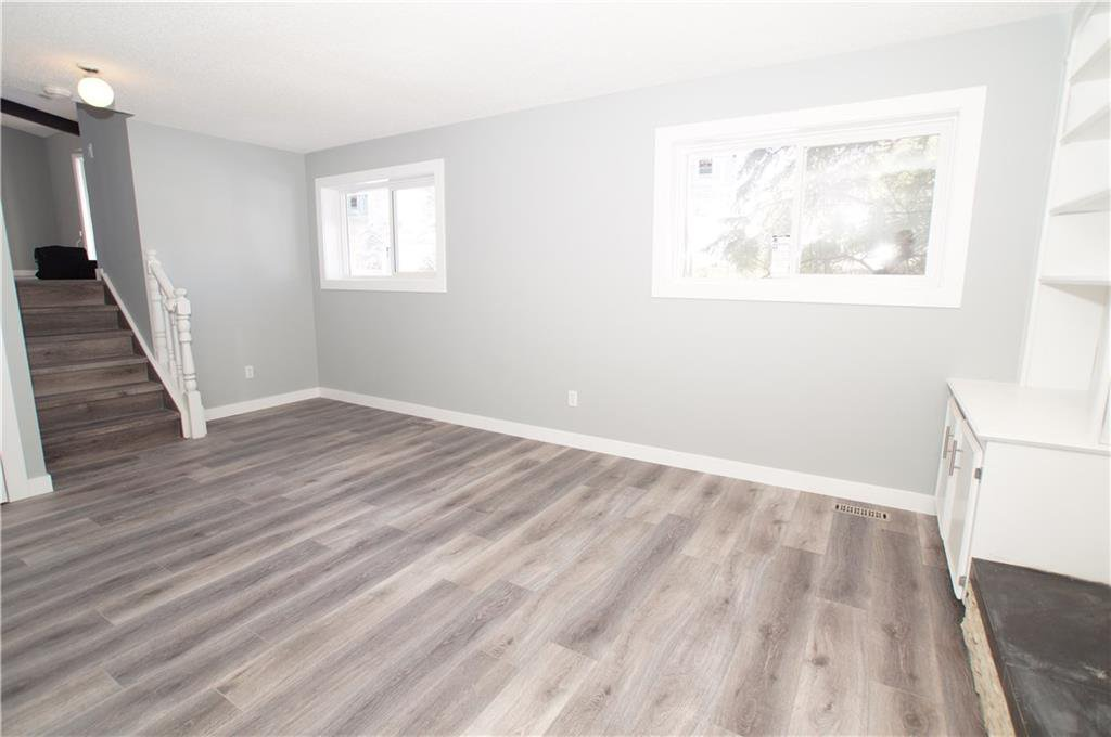 Photo 33: Photos: 56 TEMPLEWOOD RD NE in Calgary: Temple House for sale : MLS®# C4232506