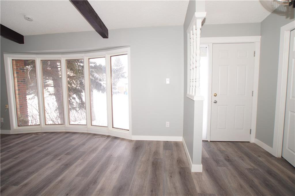 Photo 14: Photos: 56 TEMPLEWOOD RD NE in Calgary: Temple House for sale : MLS®# C4232506