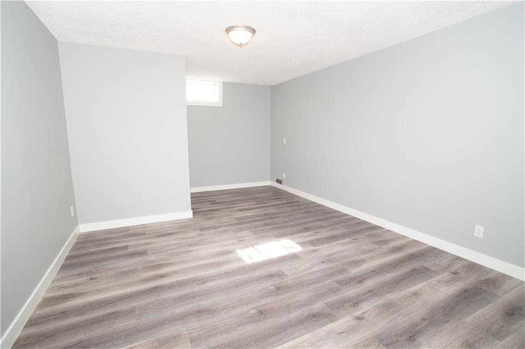Photo 39: Photos: 56 TEMPLEWOOD RD NE in Calgary: Temple House for sale : MLS®# C4232506
