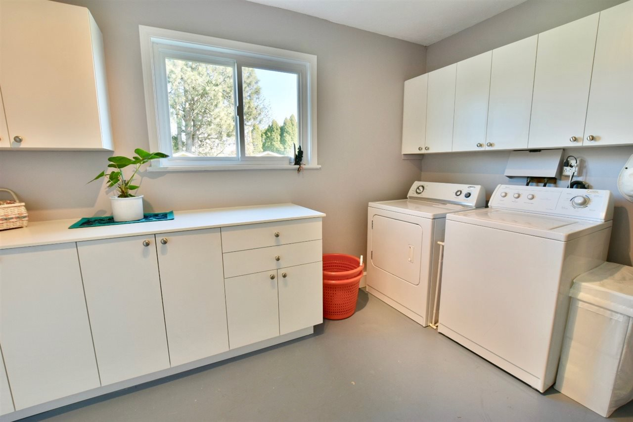 Photo 17: Photos: 4612 60B STREET in Ladner: Holly House for sale : MLS®# R2353581