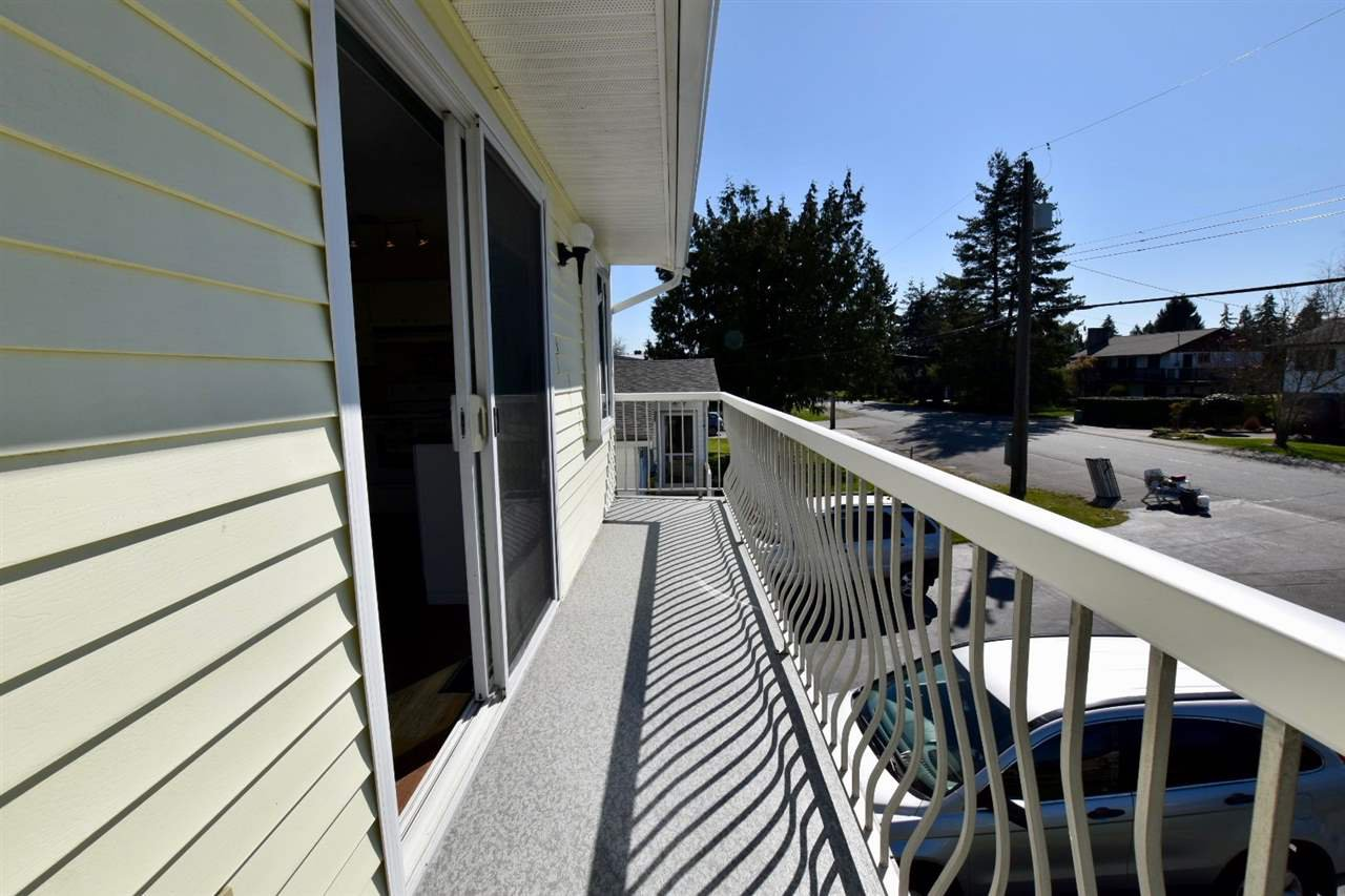 Photo 8: Photos: 4612 60B STREET in Ladner: Holly House for sale : MLS®# R2353581