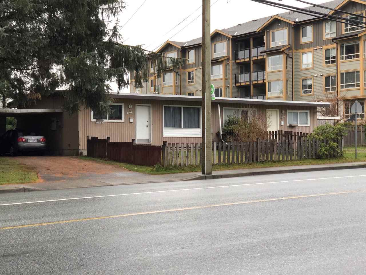 Main Photo: 8366 - 8370 CEDAR Street in Mission: Mission BC House Duplex for sale : MLS®# R2420987