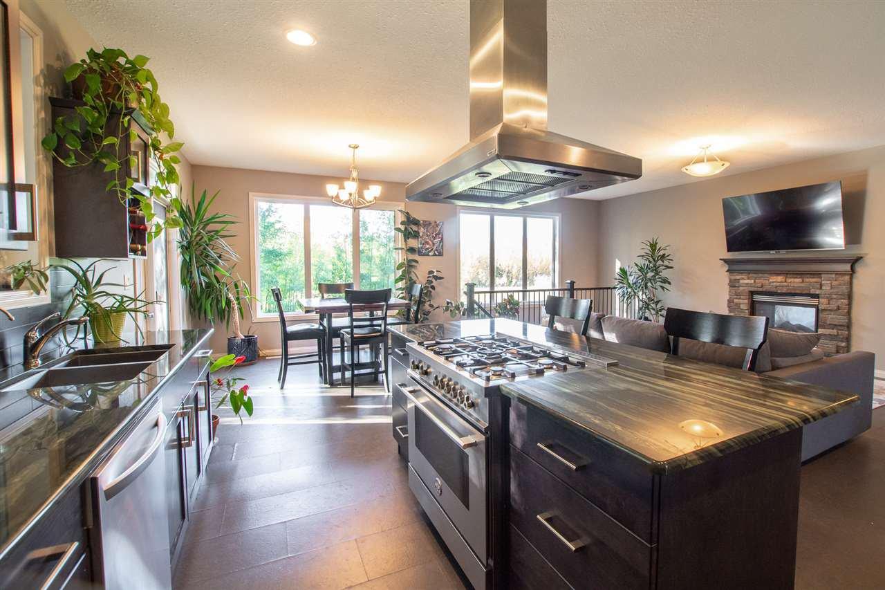 Main Photo: 147 ERICKSON Drive: Rural Sturgeon County House for sale : MLS®# E4180674