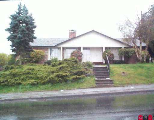 Main Photo: 12140 96TH AV in Surrey: Queen Mary Park Surrey House for sale : MLS®# F2506482