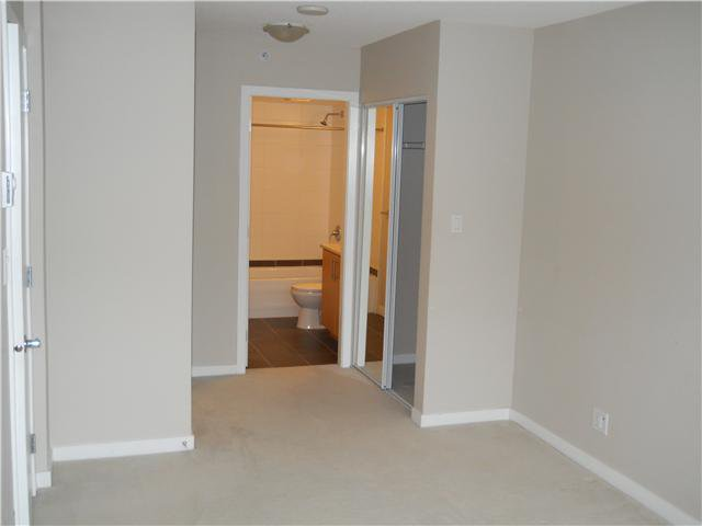 Photo 8: Photos: 301 1178 HEFFLEY Crest in Coquitlam: North Coquitlam Condo for sale : MLS®# V915438