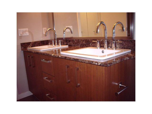 """Photo 4: Photos: 108 5889 IRMIN Street in Burnaby: Metrotown Condo for sale in """"MACHPERSON WALK EAST"""" (Burnaby South)  : MLS®# V969795"""