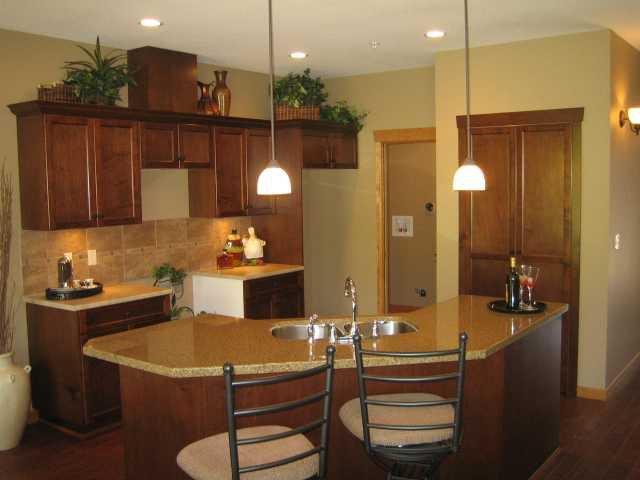 "Photo 4: Photos: 104 24185 106B Avenue in Maple Ridge: Albion House 1/2 Duplex for sale in ""TRAILS EDGE"" : MLS®# V1000386"