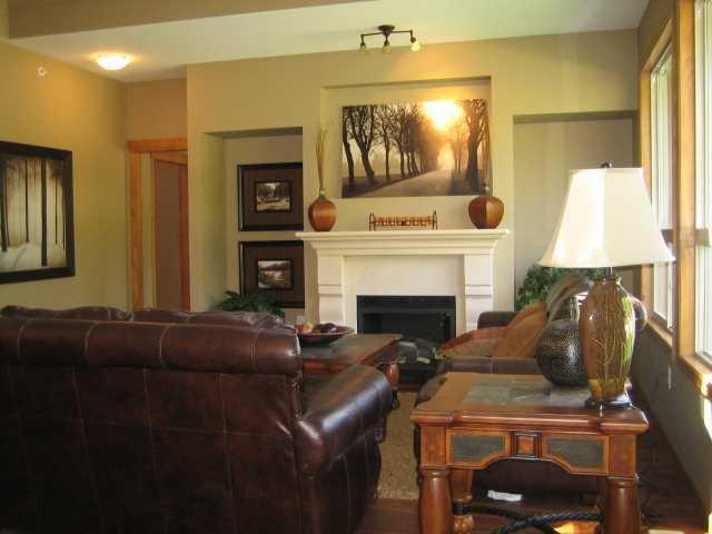 "Photo 6: Photos: 104 24185 106B Avenue in Maple Ridge: Albion House 1/2 Duplex for sale in ""TRAILS EDGE"" : MLS®# V1000386"