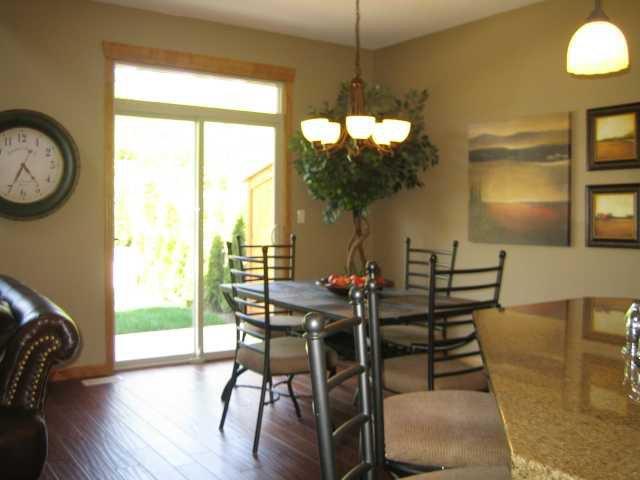 "Photo 5: Photos: 104 24185 106B Avenue in Maple Ridge: Albion House 1/2 Duplex for sale in ""TRAILS EDGE"" : MLS®# V1000386"