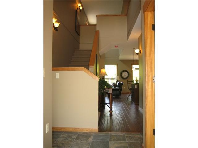 "Photo 2: Photos: 104 24185 106B Avenue in Maple Ridge: Albion House 1/2 Duplex for sale in ""TRAILS EDGE"" : MLS®# V1000386"