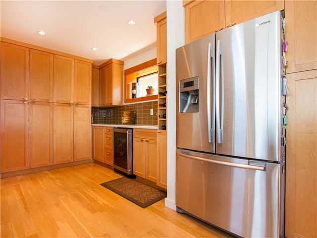 Photo 10: Photos: 3241 DIEPPE DR in Vancouver: Renfrew Heights House for sale (Vancouver East)  : MLS®# V1110170