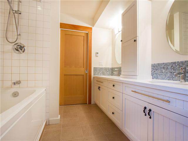 Photo 18: Photos: 3241 DIEPPE DR in Vancouver: Renfrew Heights House for sale (Vancouver East)  : MLS®# V1110170