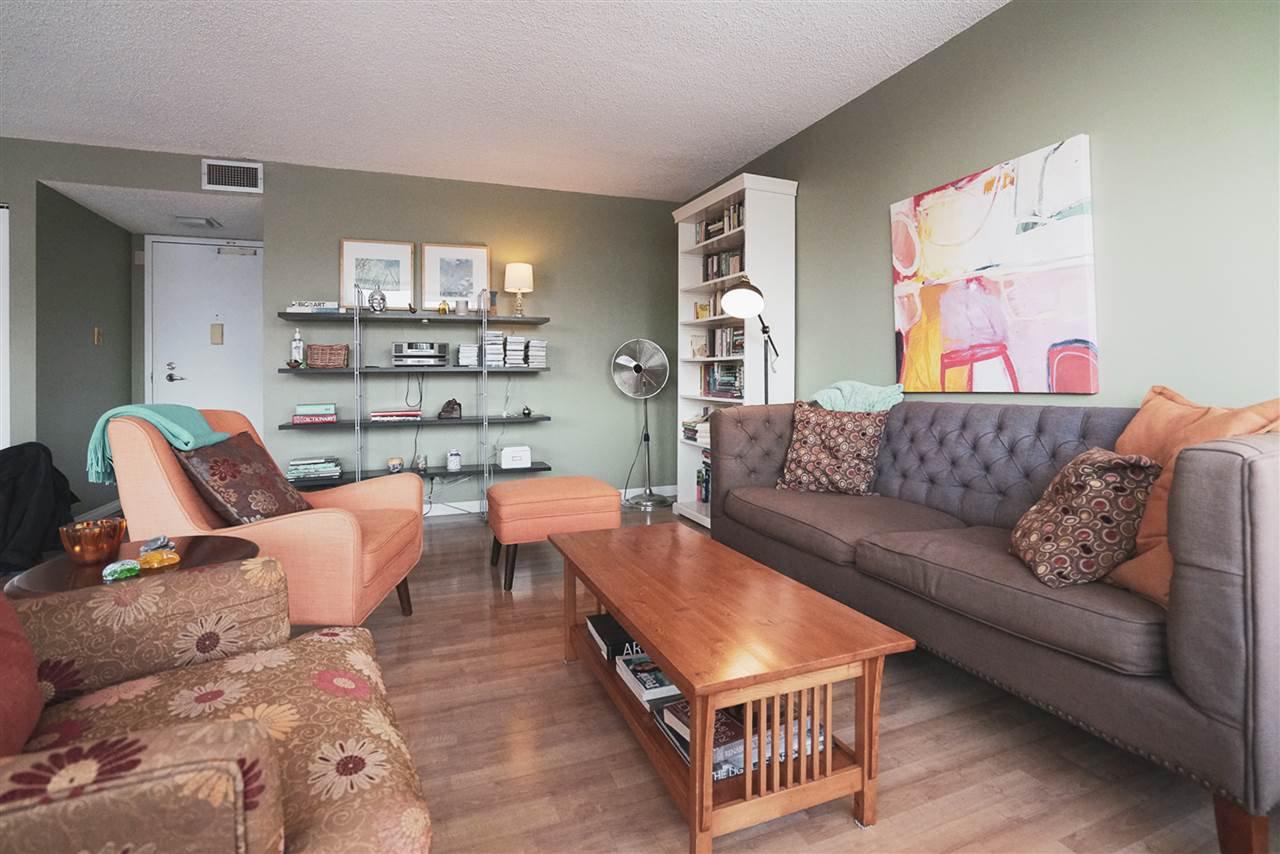 Photo 11: Photos: 904 10025 113 Street in Edmonton: Zone 12 Condo for sale : MLS®# E4184015