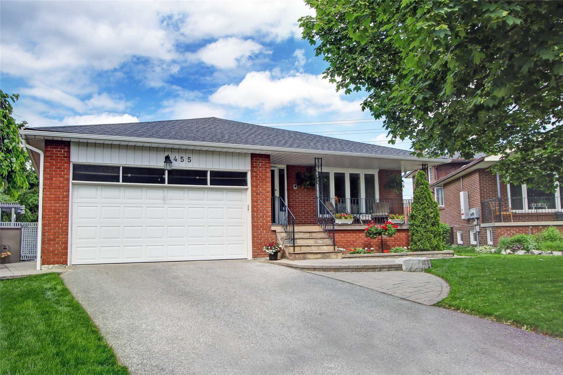 Main Photo: 455 Becker Rd in Richmond Hill: Freehold for sale : MLS®# N4487363