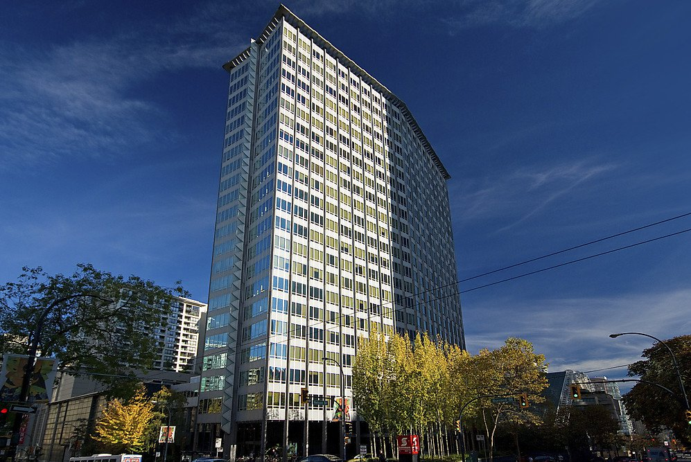 """Main Photo: 1007 989 BEATTY Street in Vancouver: Yaletown Condo for sale in """"NOVA"""" (Vancouver West)  : MLS®# V992056"""