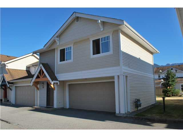 Main Photo: # 70 1821 WILLOW CR in Squamish: Garibaldi Estates Condo for sale : MLS®# V1020274