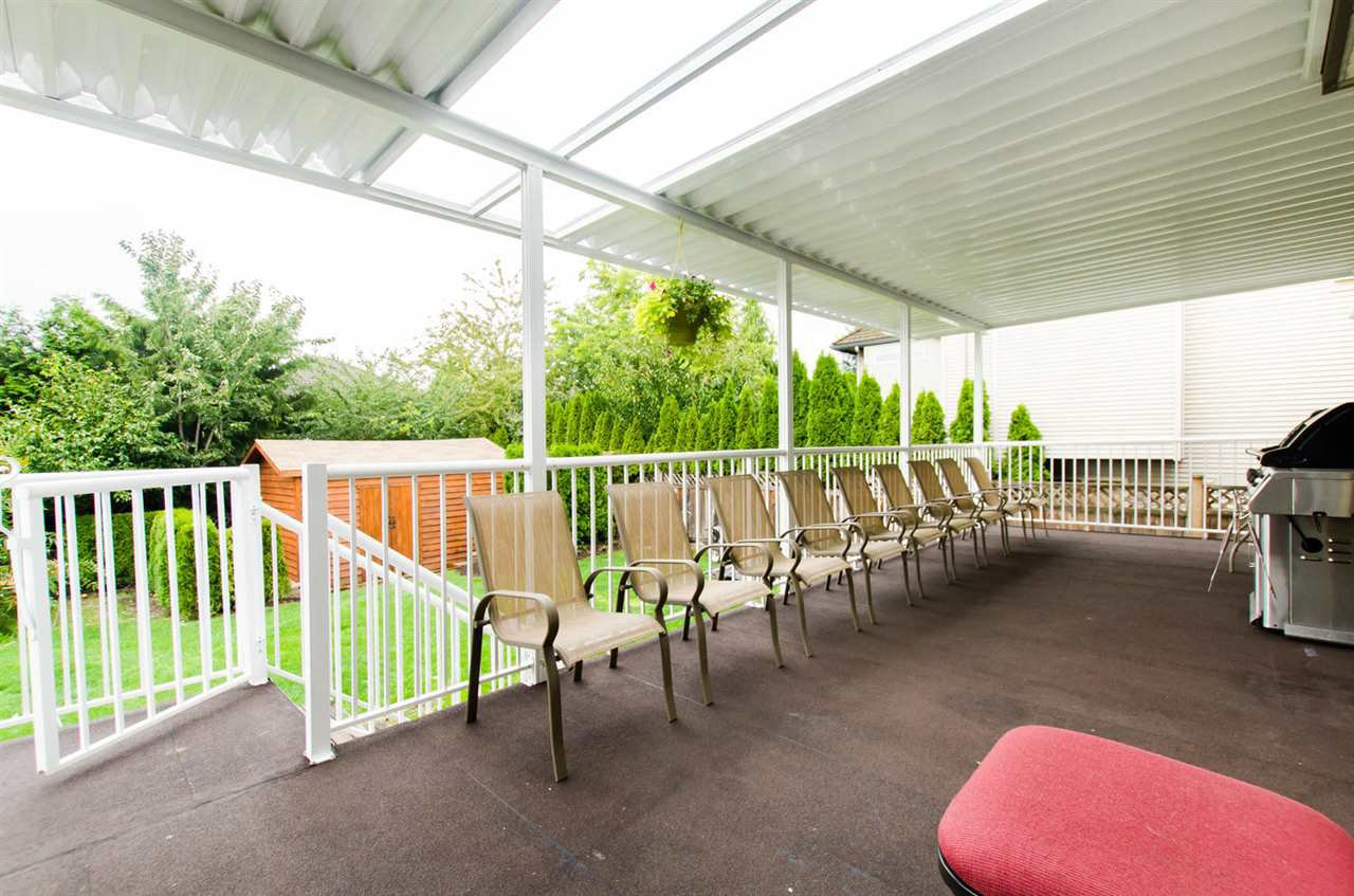 Photo 17: Photos: 18259 CLAYTONHILL DRIVE in Surrey: Cloverdale BC House for sale (Cloverdale)