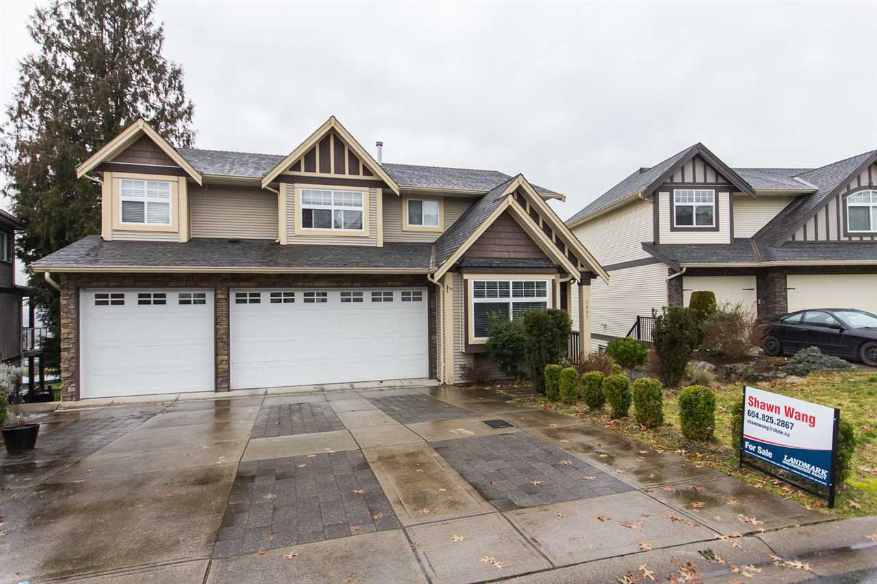 Main Photo: 3897 KALEIGH COURT in Abbotsford: Abbotsford East House for sale : MLS®# R2033077