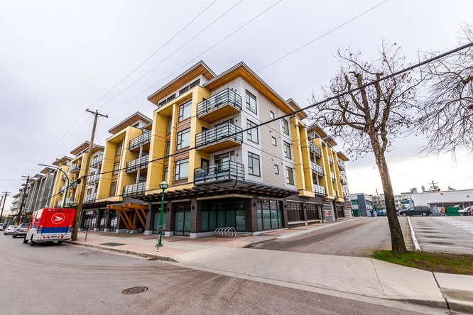 Main Photo: PH15 5248 GRIMMER STREET in Burnaby: Metrotown Condo for sale (Burnaby South)  : MLS®# R2150187