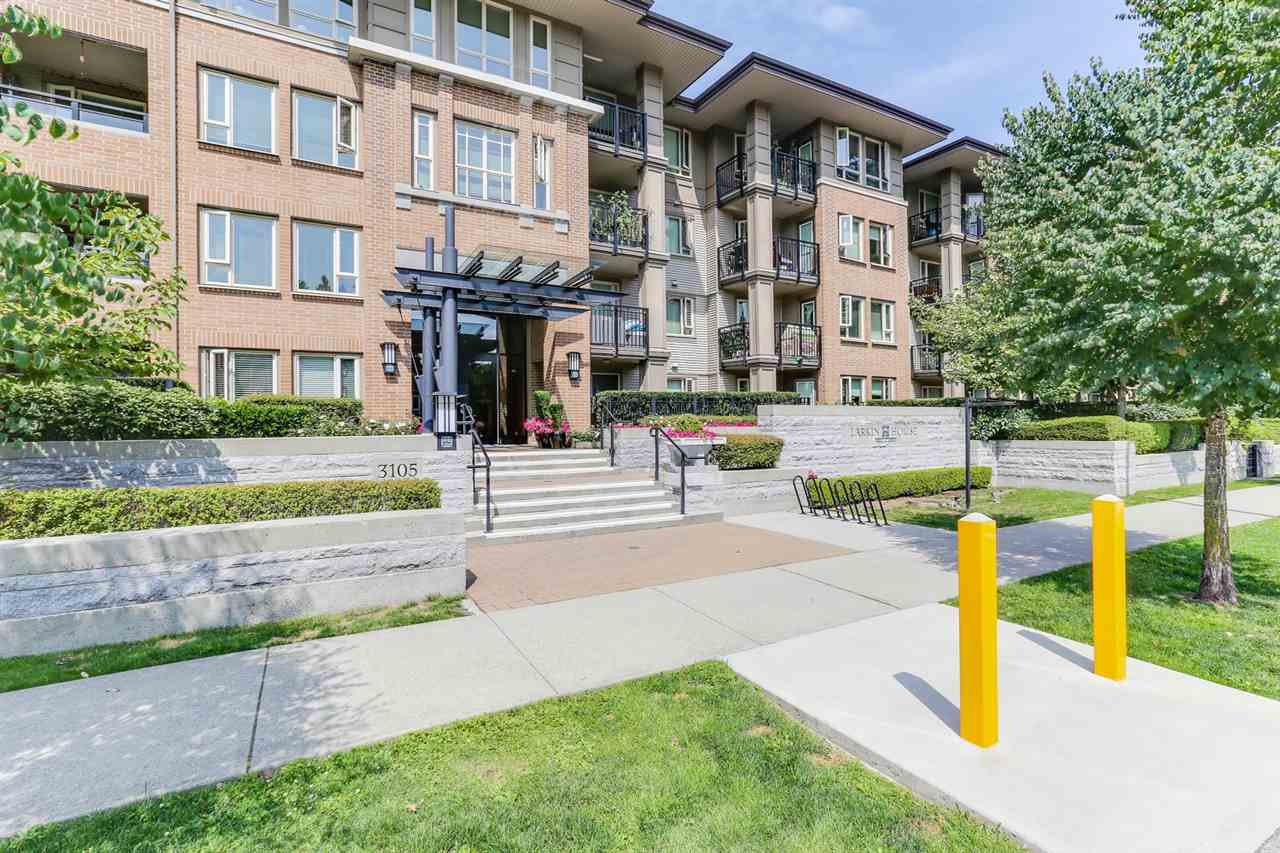 """Main Photo: 106 3105 LINCOLN Avenue in Coquitlam: New Horizons Condo for sale in """"LARKIN HOUSE EAST"""" : MLS®# R2394545"""