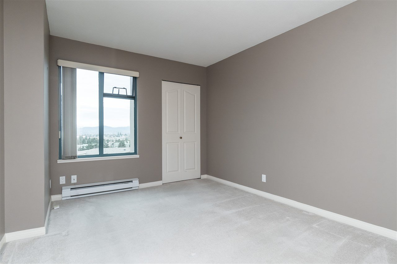 """Photo 19: Photos: 1202 32440 SIMON Avenue in Abbotsford: Abbotsford West Condo for sale in """"Trethewey Tower"""" : MLS®# R2441623"""
