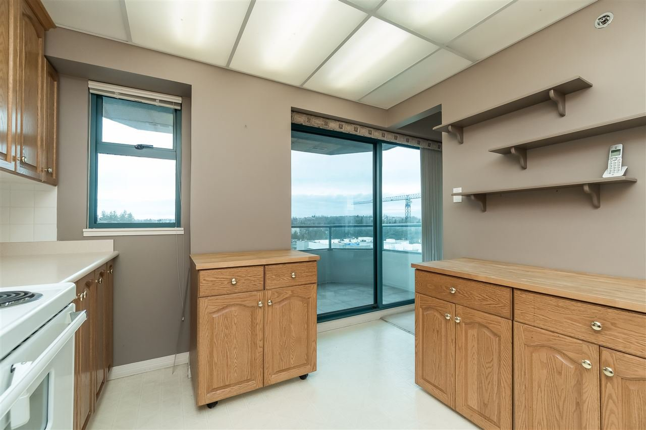 """Photo 14: Photos: 1202 32440 SIMON Avenue in Abbotsford: Abbotsford West Condo for sale in """"Trethewey Tower"""" : MLS®# R2441623"""