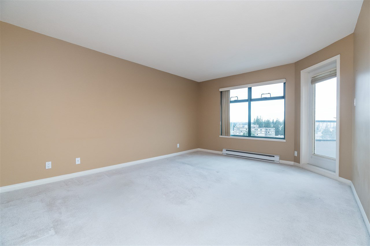 """Photo 15: Photos: 1202 32440 SIMON Avenue in Abbotsford: Abbotsford West Condo for sale in """"Trethewey Tower"""" : MLS®# R2441623"""