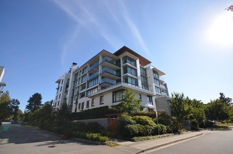 Main Photo: 110 5958 IONA Drive in Vancouver: University VW Townhouse for sale (Vancouver West)  : MLS®# R2456970