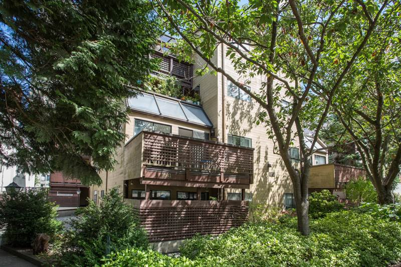 Main Photo: 201 1631 COMOX STREET in Vancouver: West End VW Condo for sale (Vancouver West)  : MLS®# R2474122