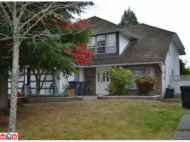 """Main Photo: 14468 18A Avenue in Surrey: Sunnyside Park Surrey House for sale in """"The Glens"""" (South Surrey White Rock)  : MLS®# F1225801"""