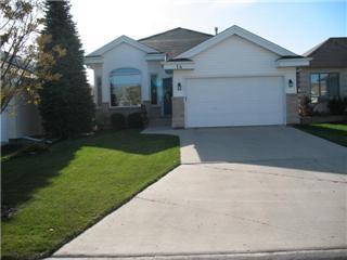 Main Photo: 14 Cedar Glen Road: Residential for sale : MLS®# 1020855