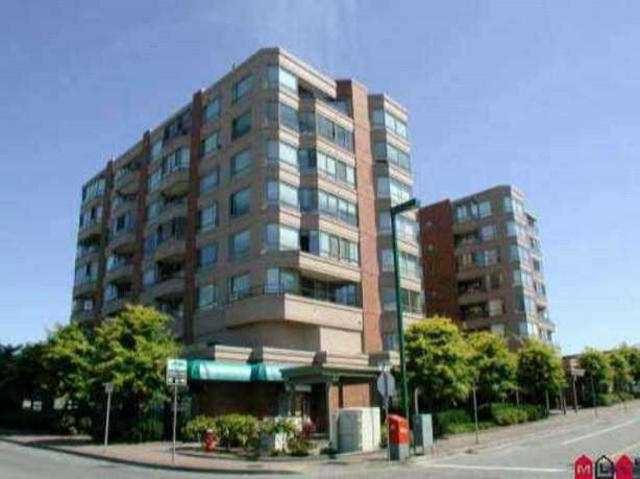 Main Photo: 809 15111 RUSSELL Avenue: White Rock Condo for sale (South Surrey White Rock)  : MLS®# F1312182