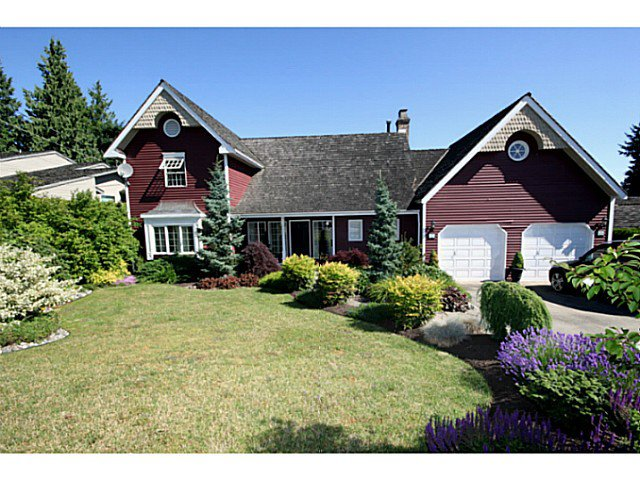 """Main Photo: 5255 4TH Avenue in Tsawwassen: Pebble Hill House for sale in """"PEBBLE HILL"""" : MLS®# V1016164"""
