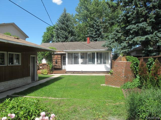 Photo 3: Photos:  in WINNIPEG: East Kildonan Residential for sale (North East Winnipeg)  : MLS®# 1416037