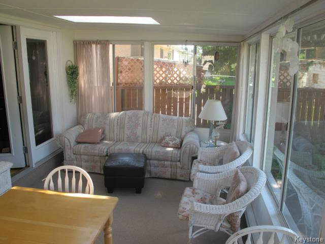 Photo 7: Photos:  in WINNIPEG: East Kildonan Residential for sale (North East Winnipeg)  : MLS®# 1416037