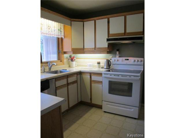Photo 15: Photos:  in WINNIPEG: East Kildonan Residential for sale (North East Winnipeg)  : MLS®# 1416037