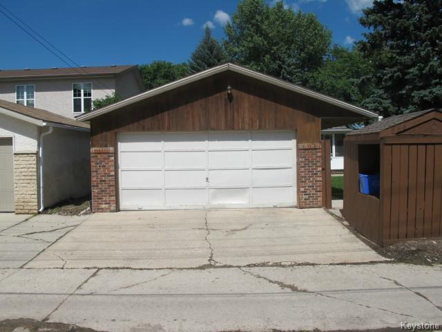 Photo 9: Photos:  in WINNIPEG: East Kildonan Residential for sale (North East Winnipeg)  : MLS®# 1416037