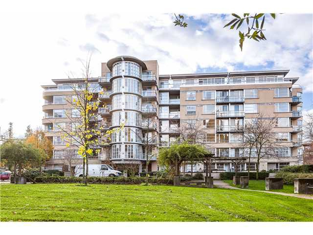 Main Photo: 201 2655 Cranberry Dr in : Kitsilano Condo for sale (Vancouver West)  : MLS®# V1036126