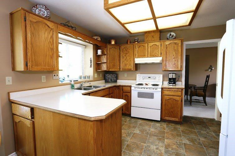 Photo 3: Photos: 12095 IRVING ST in Maple Ridge: Northwest Maple Ridge House for sale : MLS®# V1138545