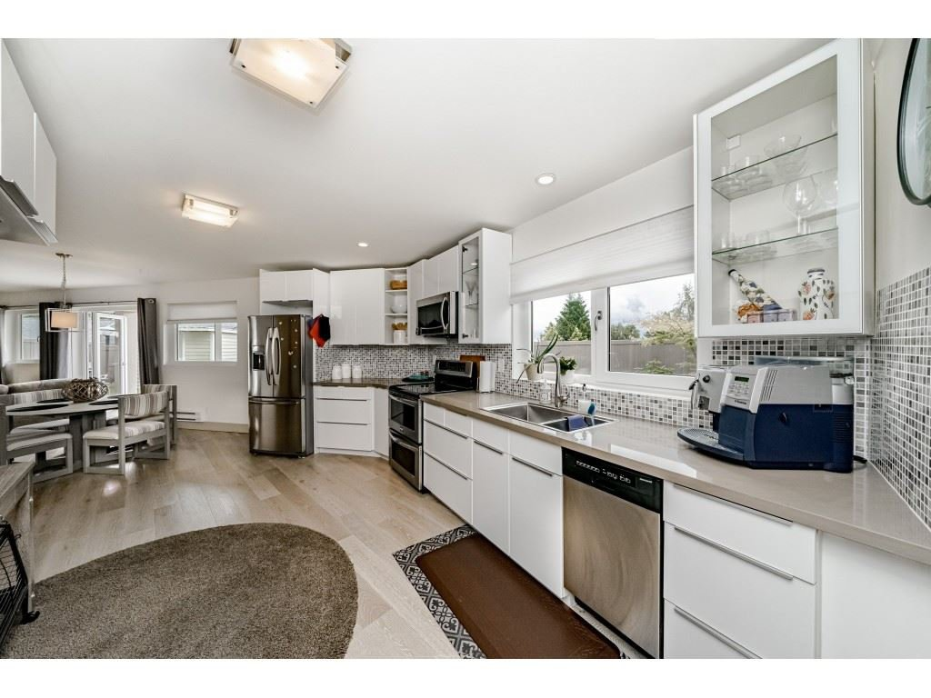 Photo 16: Photos: 2170 KAPTEY Avenue in Coquitlam: Cape Horn House for sale : MLS®# R2405015