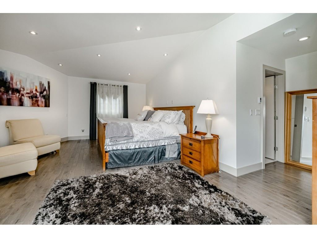 Photo 9: Photos: 2170 KAPTEY Avenue in Coquitlam: Cape Horn House for sale : MLS®# R2405015