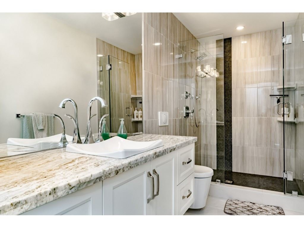 Photo 12: Photos: 2170 KAPTEY Avenue in Coquitlam: Cape Horn House for sale : MLS®# R2405015