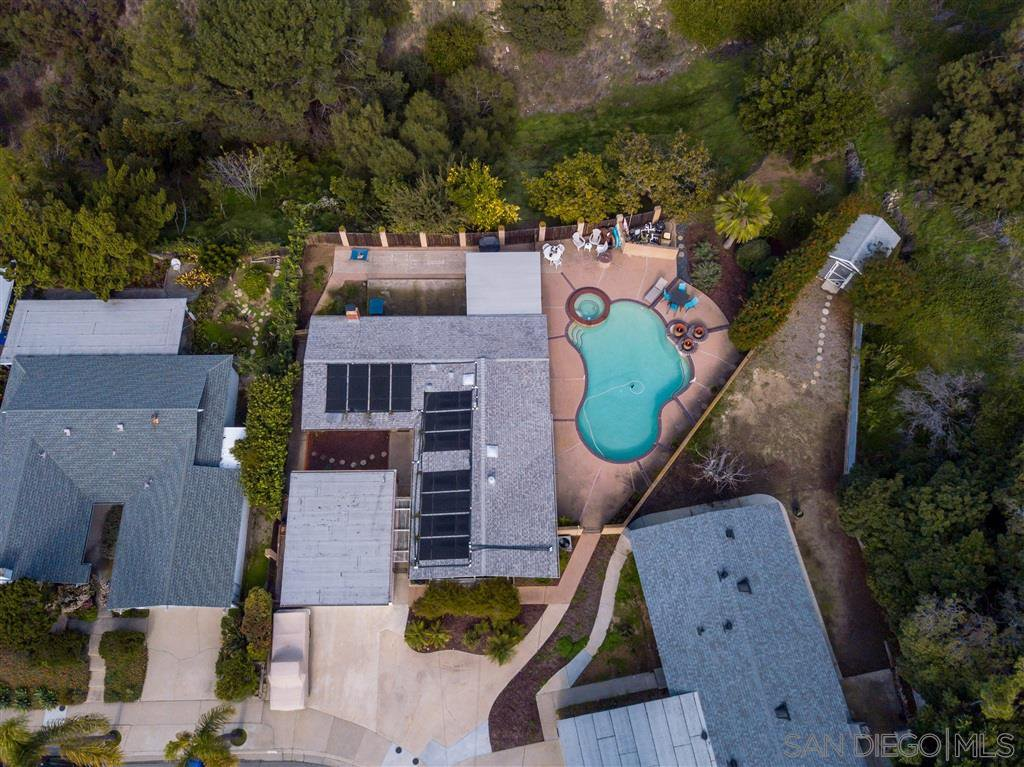 Main Photo: SERRA MESA House for sale : 4 bedrooms : 2386 Ron Way in San Diego
