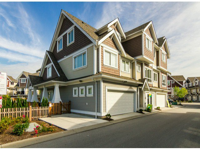 Main Photo: 52 7298 199A in Langley: Willoughby Heights Townhouse for sale : MLS®# F1428364