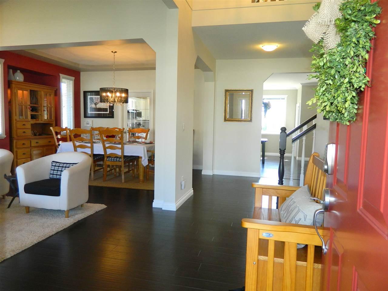 Photo 3: Photos: 24332 104 AVENUE in Maple Ridge: Albion House for sale : MLS®# R2051414