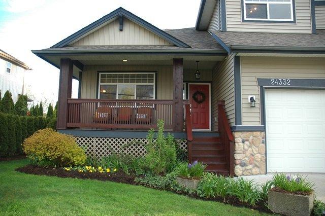 Photo 2: Photos: 24332 104 AVENUE in Maple Ridge: Albion House for sale : MLS®# R2051414